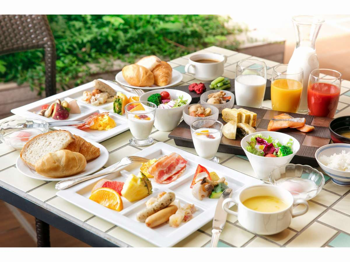信州のご当地食材も盛り込んだ和洋の朝食バイキングをご堪能ください♪