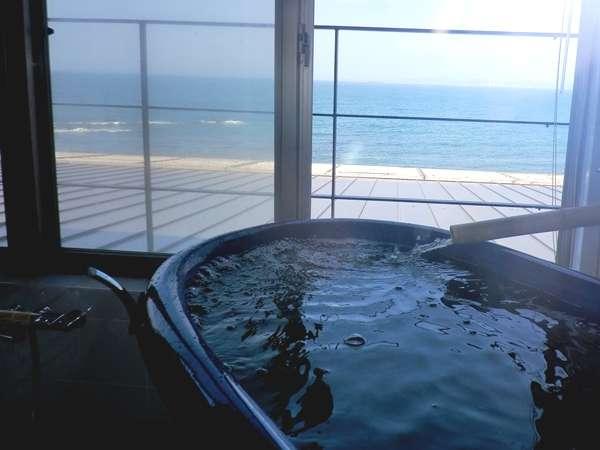 客室壺風呂