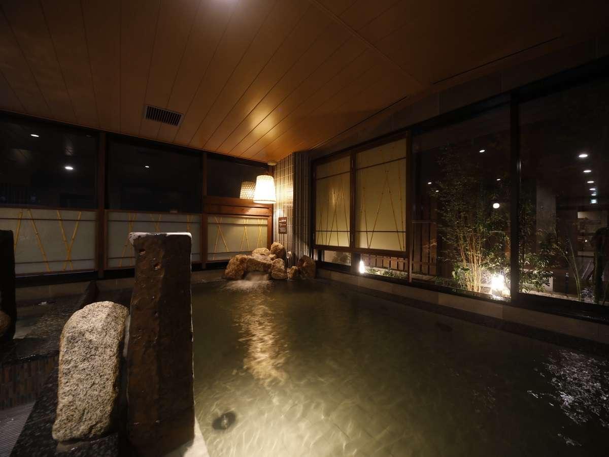 ◆大浴場  男性内風呂②  天然温泉でゆったり気分♪