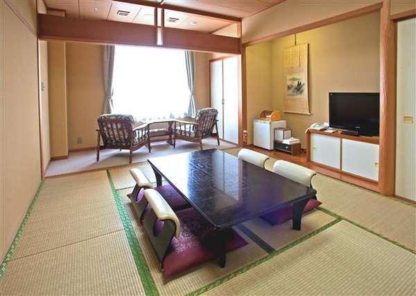 和室10畳 ※4、5名様までお泊りいただけます。