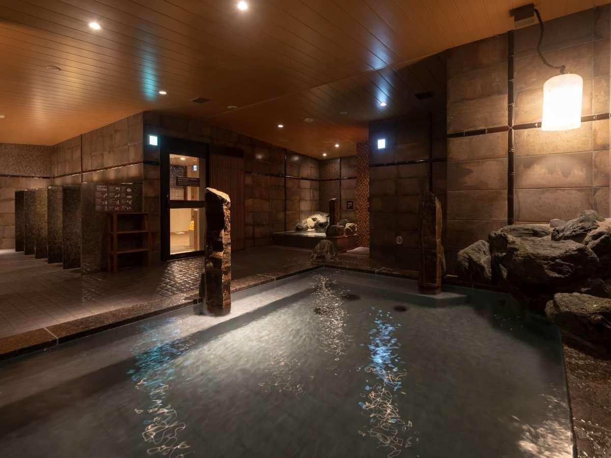 ■男性内風呂③■(天然温泉 湯温:40~41℃)