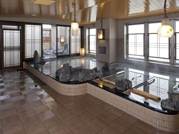 ◆男性大浴場「超軟水内風呂」(41~42℃)