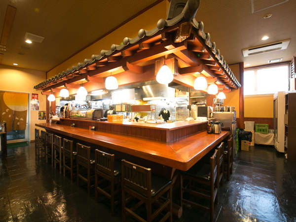 味処「心」桃晃店のカウンターです。