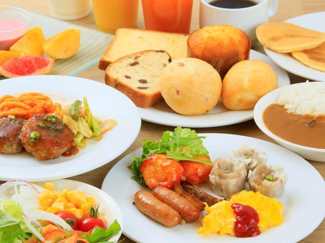 朝食一例:洋食 フルーツやヨーグルトもあります。