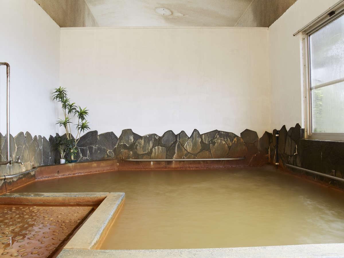 内湯 湯ノ本温泉は壱岐にある唯一の天然温泉。