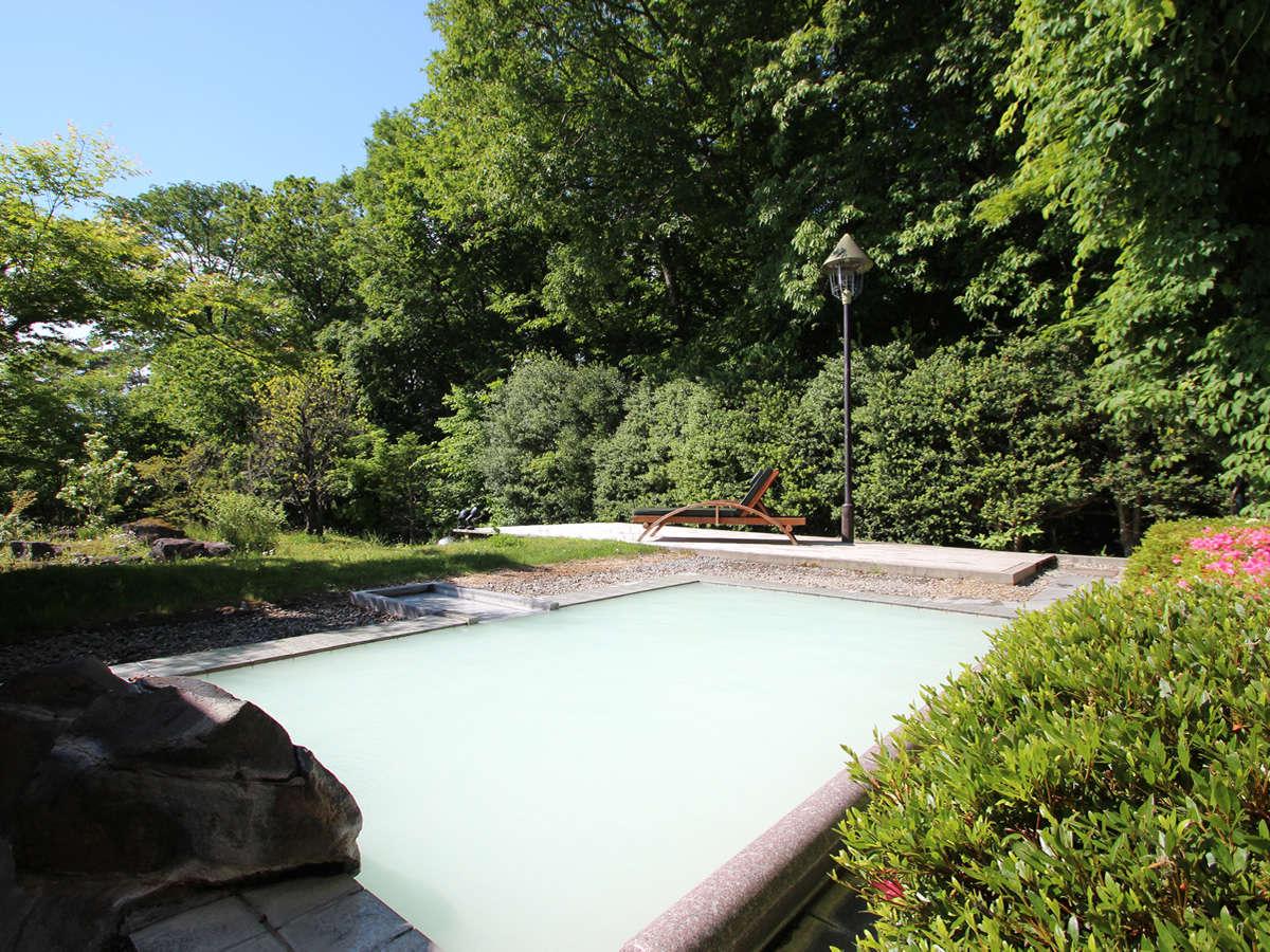 全国美肌の湯ランキング第3位の岳温泉天然掛け流し温泉!