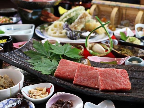 ◆厳選された正真正銘の米沢牛は、東北に来たら一度は食べたい人気のブランド牛