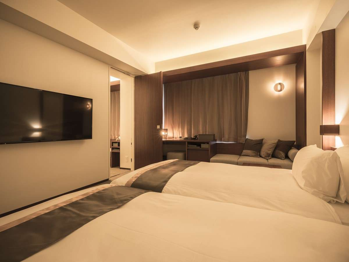 【コンフォートツイン/コネクティングルーム】 全室禁煙・22㎡・ベッド幅110cm×2台