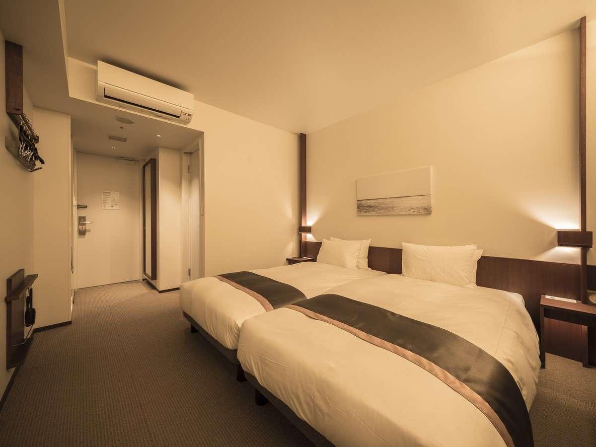 【コンフォートツイン】 全室禁煙・22㎡・ベッド幅110cm×2台