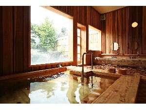 【大浴場・内湯】全て木造りのこだわり風呂!温かさが伝わります!温泉と木の恵みを感じて下さい(^O^)/