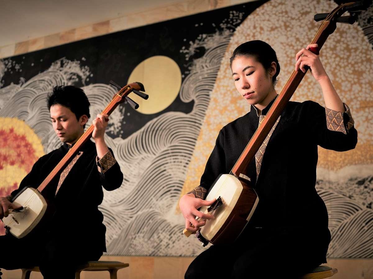 【津軽三味線】毎晩21:00よりロビーにて津軽三味線の生演奏を開催しています