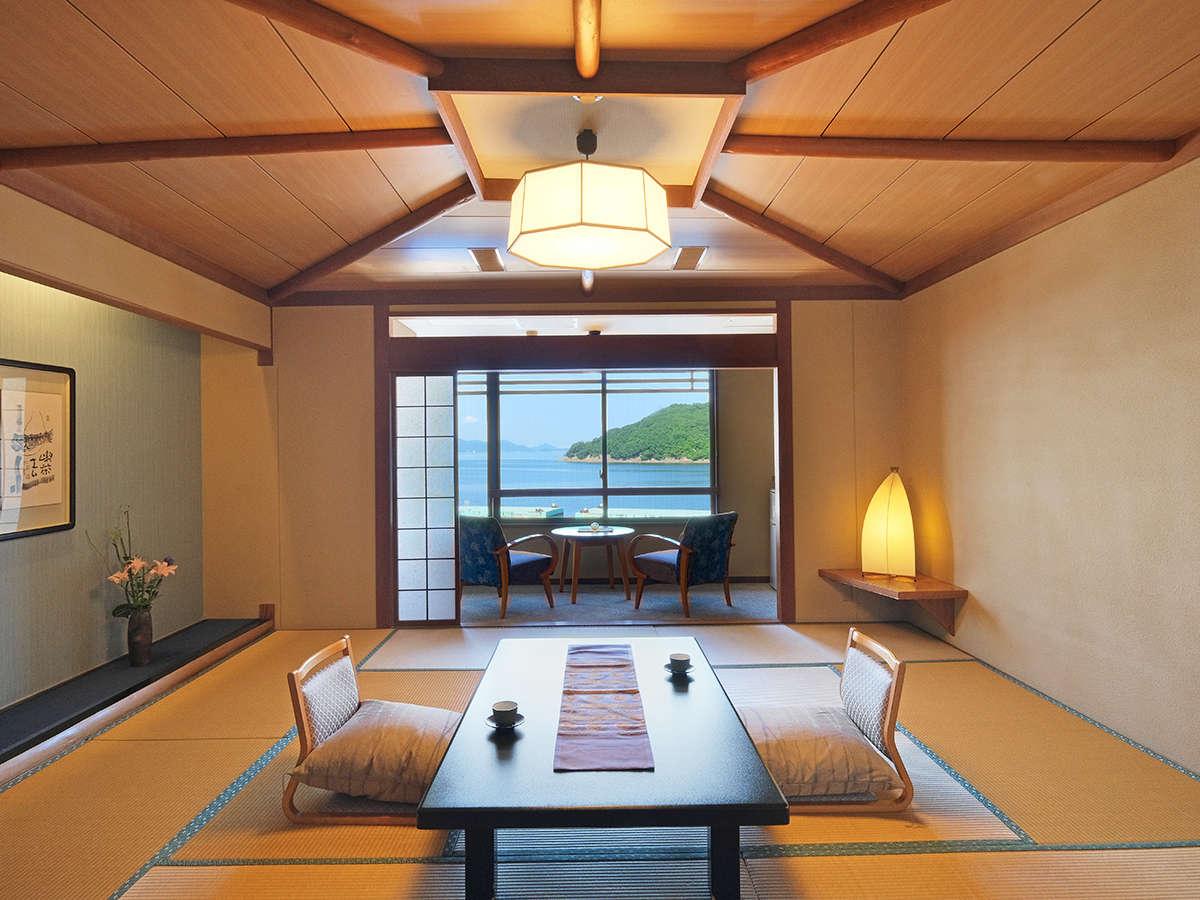 お部屋から海を眺める本館客室に、リーズナブルな別館客室など、バラエティー豊かにご用意しております。
