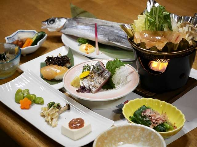 地魚夕食 一例