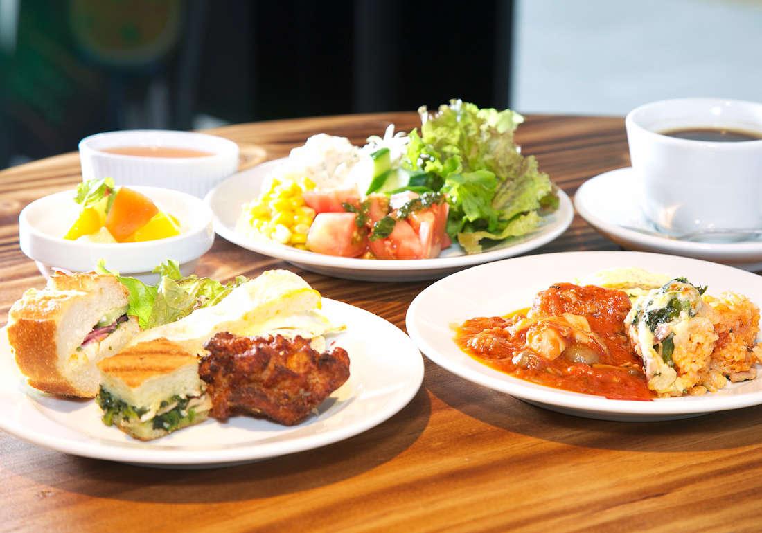 自慢の朝食は和洋ブッフェ形式です(^^♪