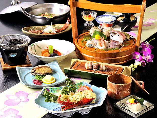 『アワビ&金目鯛一匹付きプラン』ご夕食メニューの全体例※ベテランシェフの創作料理です。