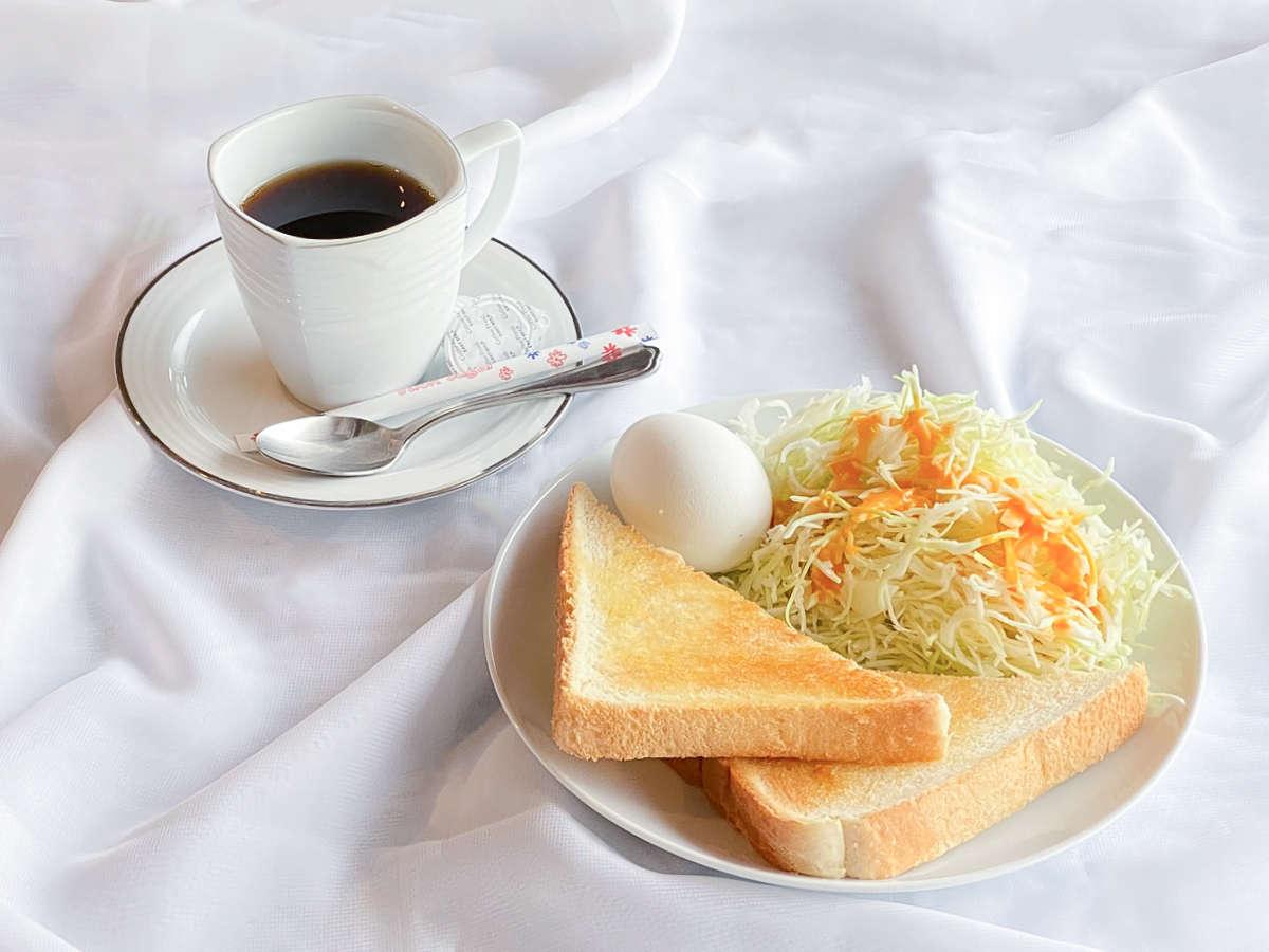 忙しい朝にぴったり♪トーストとたまごのモーニングセット