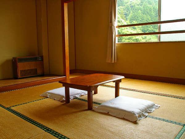 ◆客室例◆のんびりリラックスしながらお過ごし頂ける和室。お部屋の広さはご予約人数により異なります♪