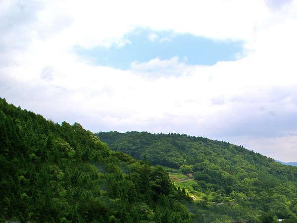 ◆周辺は自然でいっぱい◆ハチ北高原で過ごす休日。ご家族やご友人といかがでしょうか。