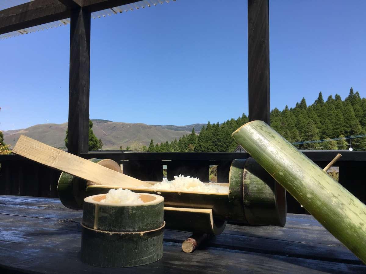 青空の下、竹飯ごうやバーベキューは最高です!