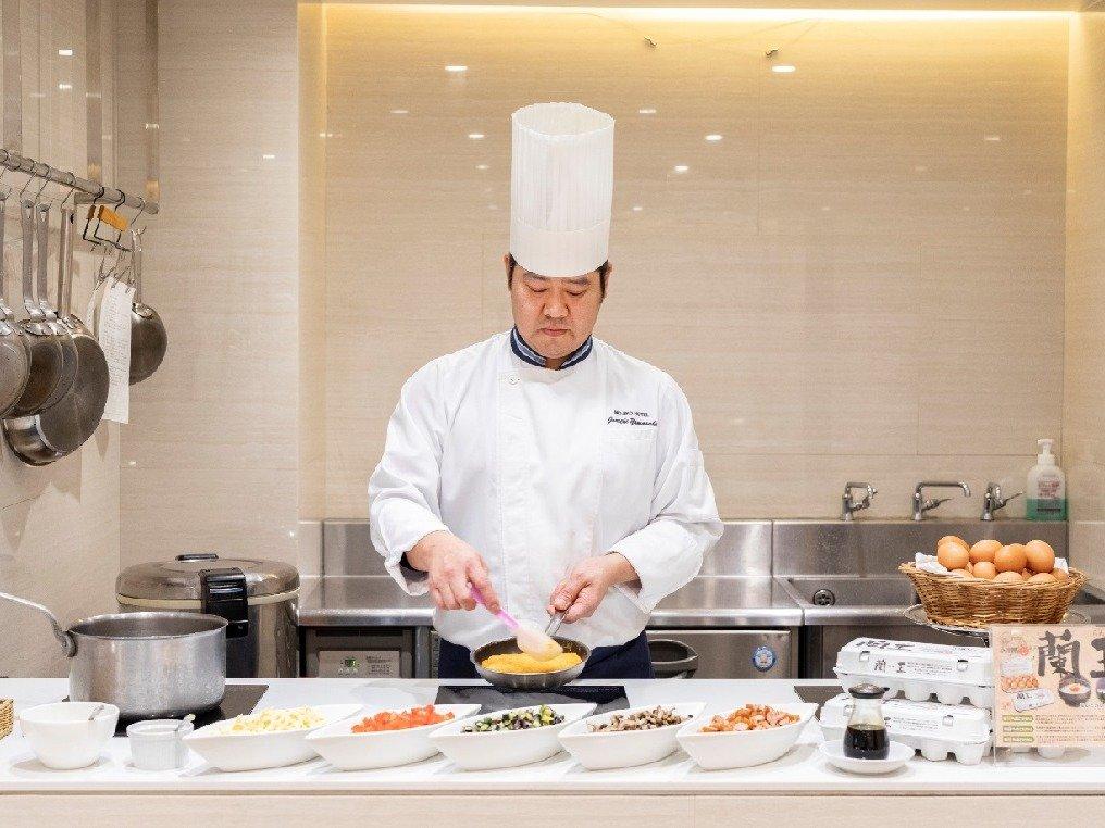 【ライブキッチン】朝からシェフがその場でつくるお食事をお召し上がりください
