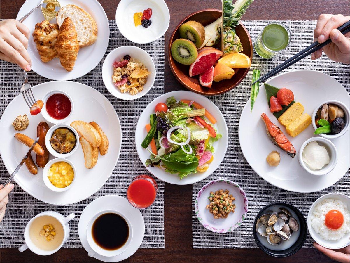 【朝食】和洋バイキング。当ホテル自慢の朝食をお楽しみください♪