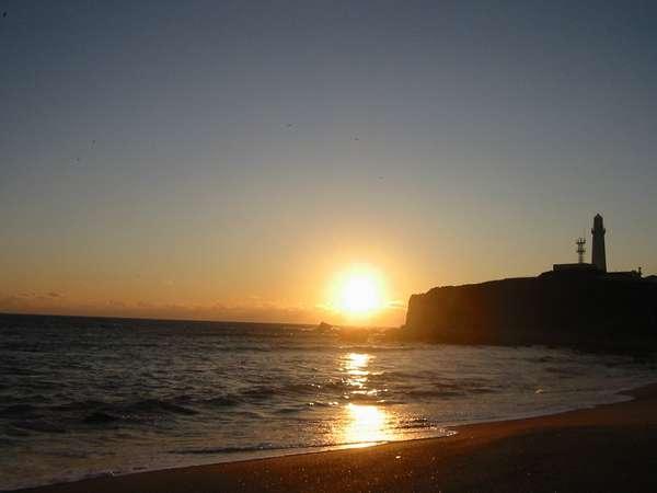 日本の渚100選犬吠埼君ヶ浜海岸からの日の出2