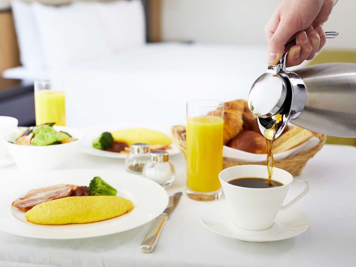 ルームサービス 朝食