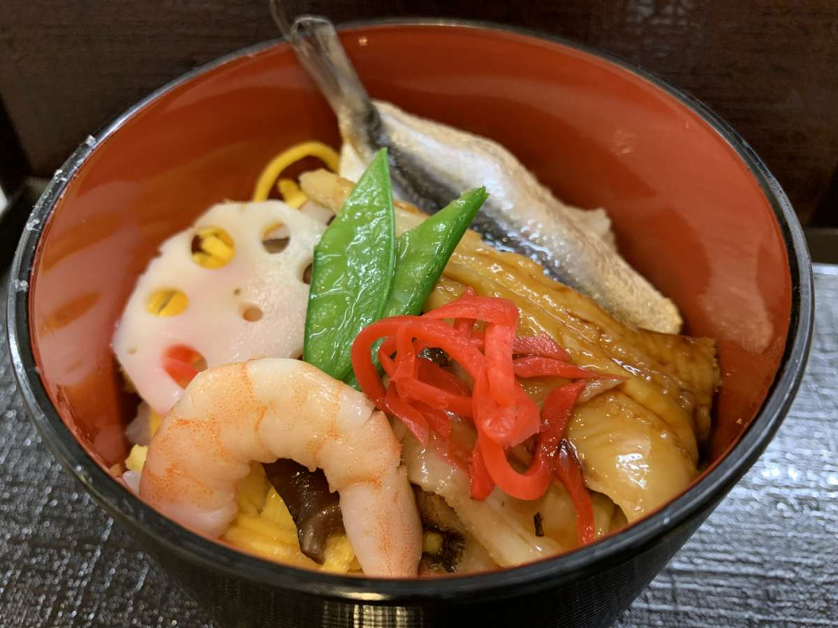 ◆岡山名物「祭り寿司」◆(イメージ)