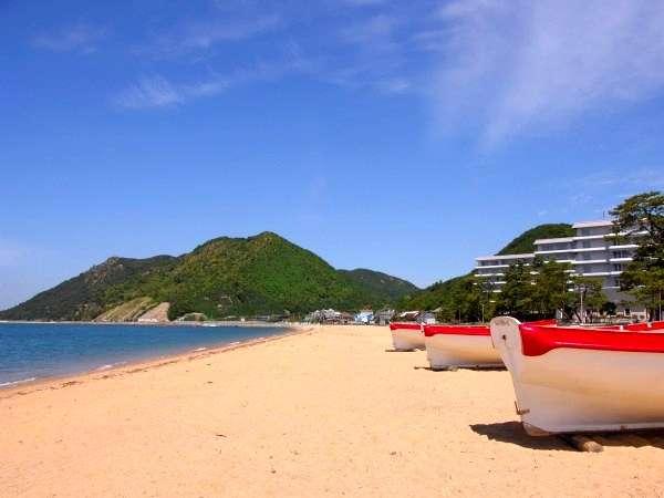 【ビーチ】 ホテルに隣接している海水浴場。