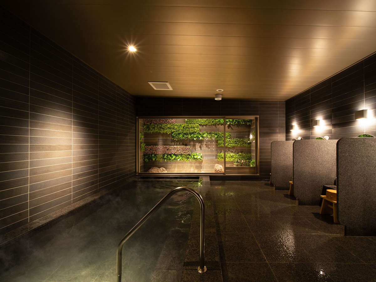 天然温泉ひなたの湯。遅めのチェックインやお戻りでもOK!夜中でもご利用頂けます。