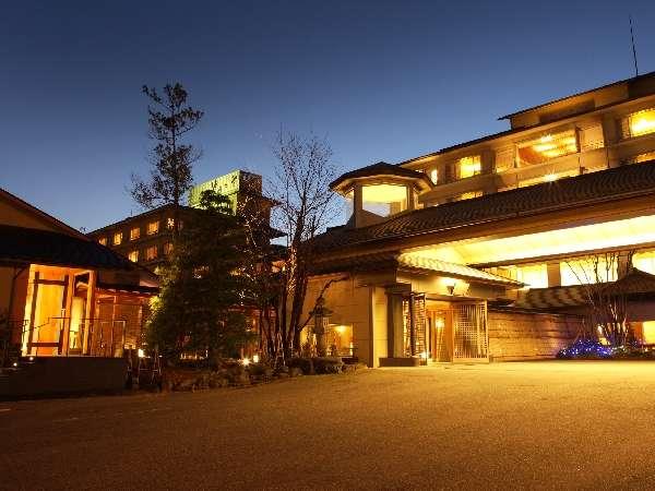 新潟の奥座敷とも言われる岩室温泉の風情が漂う宿。