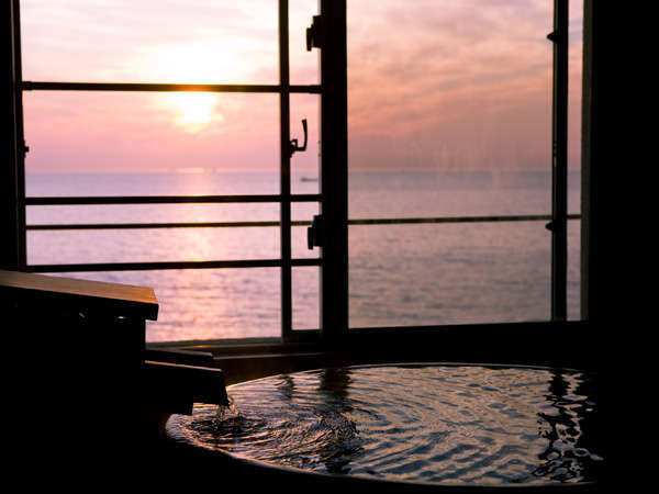 眺望風呂付和洋室から眺めれる海