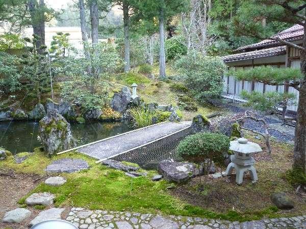 りゅうげのお部屋からのお庭の風景
