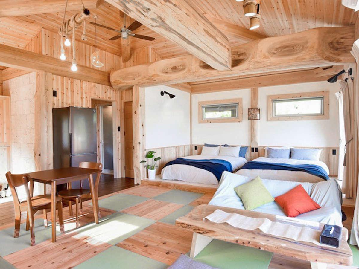 *室内/床は杉や檜の木と琉球畳を組み合わせたオリジナル