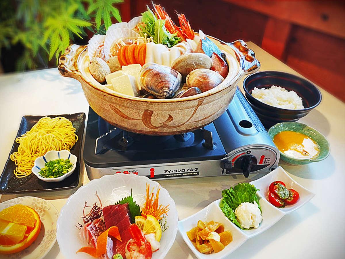 12月~2月季節限定海鮮鍋一例、内容変更する場合があります。