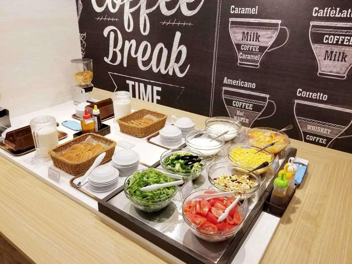朝食会場2F ご利用時間:6:30~9:00(最終入店)