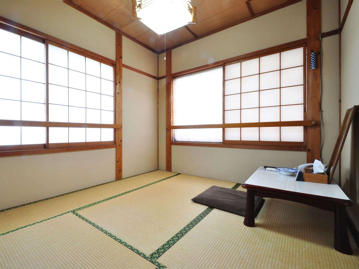 【和室4畳】ゆっくりおくつろぎいただける和室です。