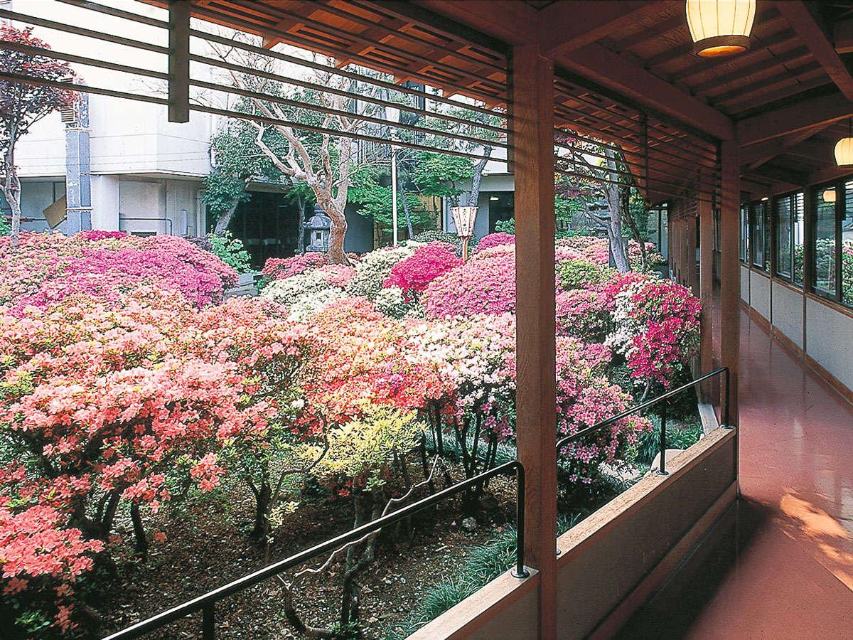 Tenku-no-shiro SANGITEI-HONKAN