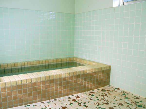 貸切風呂です。ご家族・カップルでお入りいただけます。