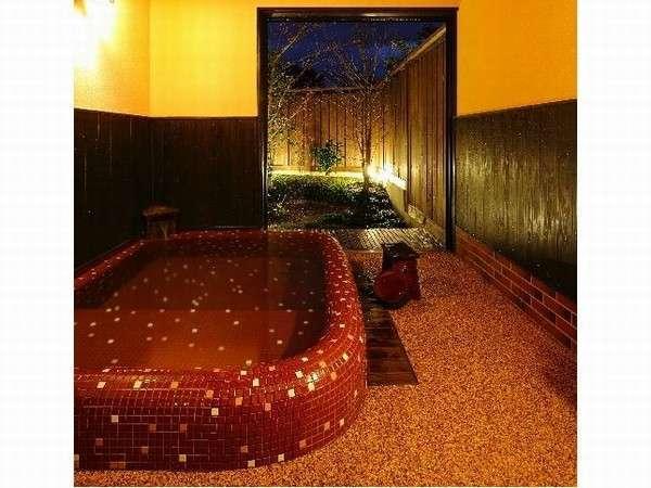 モザイクタイルのお風呂:暖