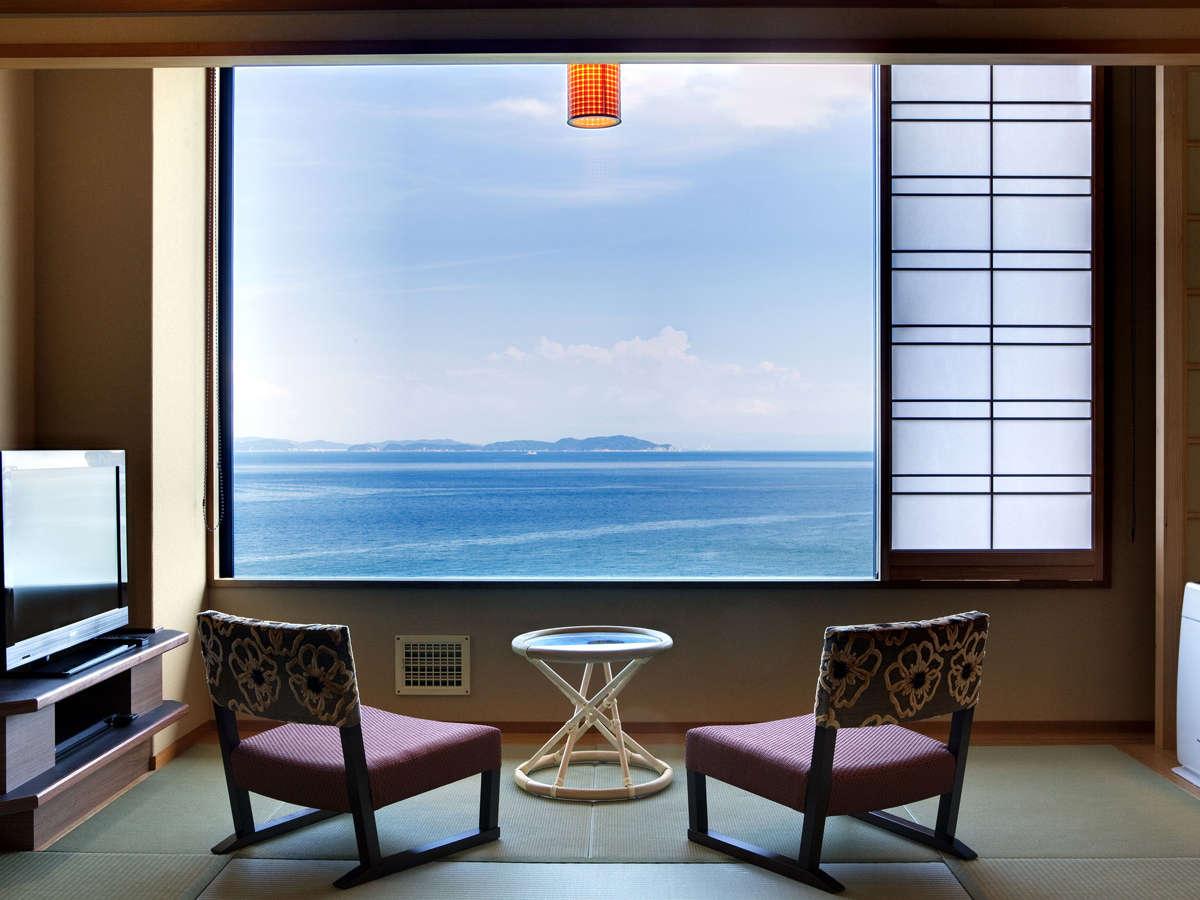 海の見える和室10帖(36平米)。