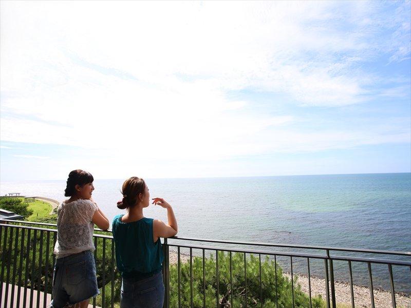優しい海風・波音に癒されるタラソステイ。自然の中でゆっくりとお過ごしください