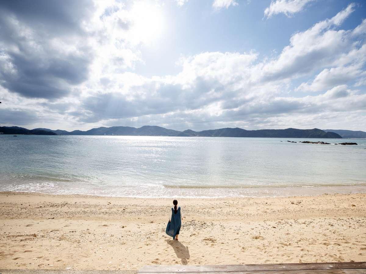 目の前のビーチまで徒歩10秒です