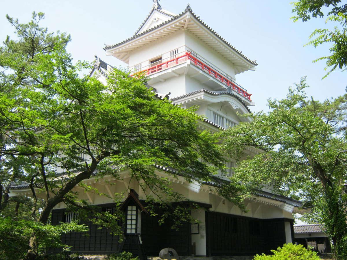 ◆千秋公園:佐竹藩二十万石の久保田城跡(当館から徒歩約20分/車で約5分)