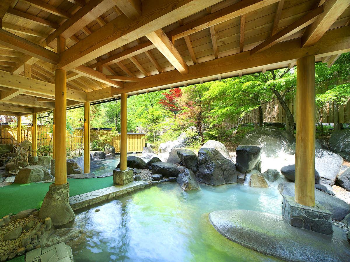 """""""庭園風""""大浴場で、心も体も癒される、至福のひとときを・・・"""