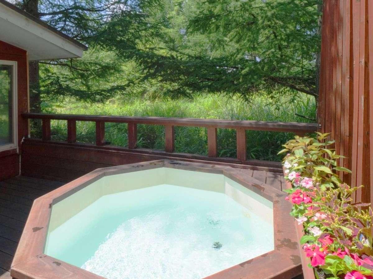 【風呂】解放感抜群の露天風呂は24時間貸切でどうぞ!