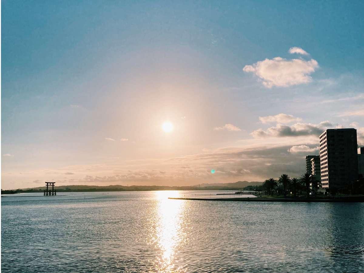 弁天島海浜公園の夕日