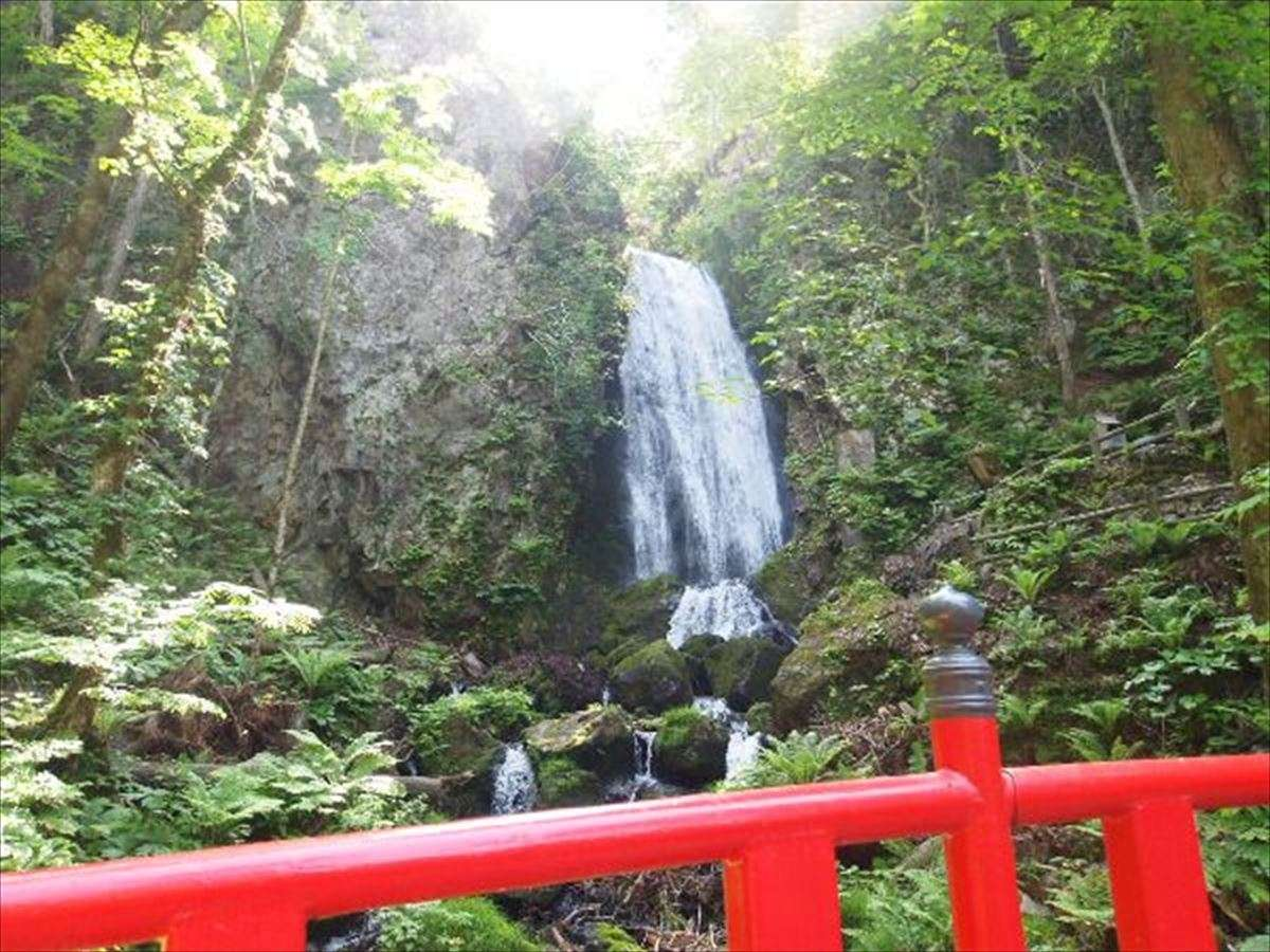 【不動の滝】岩手県で唯一『日本の滝100撰』に選ばれております