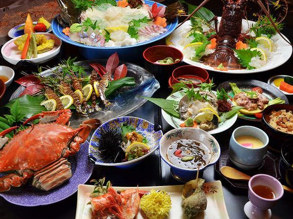 渡り蟹、アワビ、伊勢海老の付いた「彩海会席」当館一番人気プランです!(お造り・車海老は5名様用)