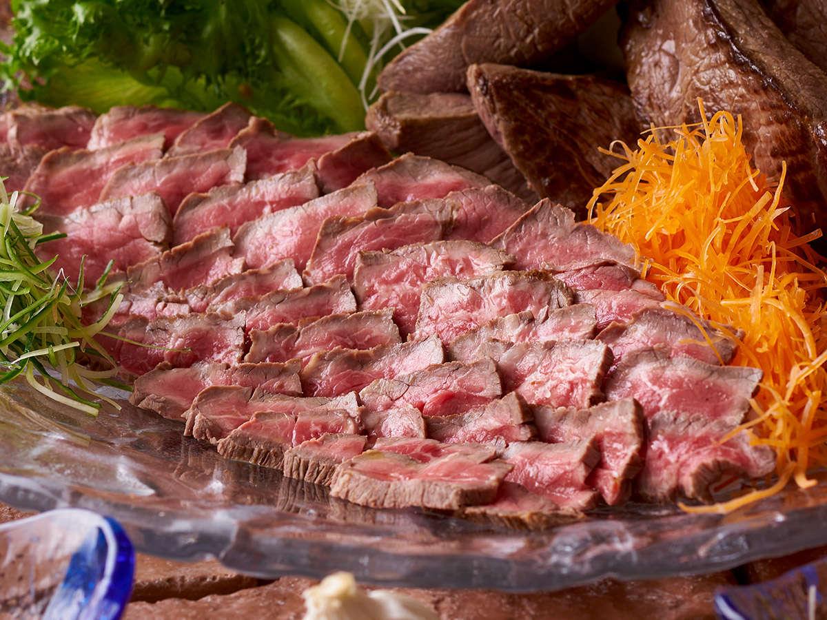 【12~2月】冬の料理フェア『ローストビーフ 5種のガロニを添えて』※イメージ
